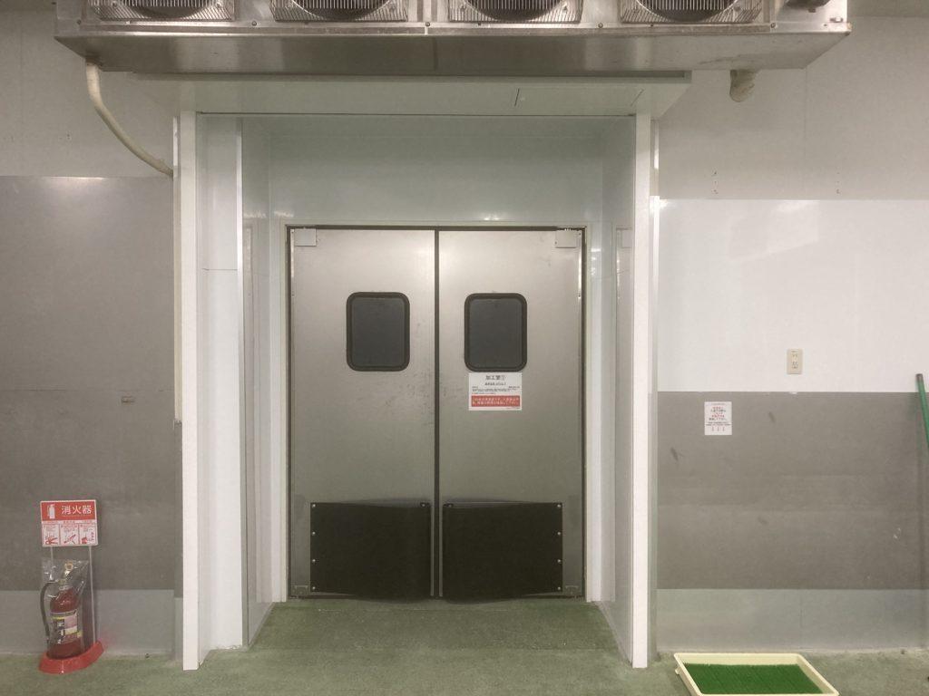 食品加工工場用密閉スイングドア